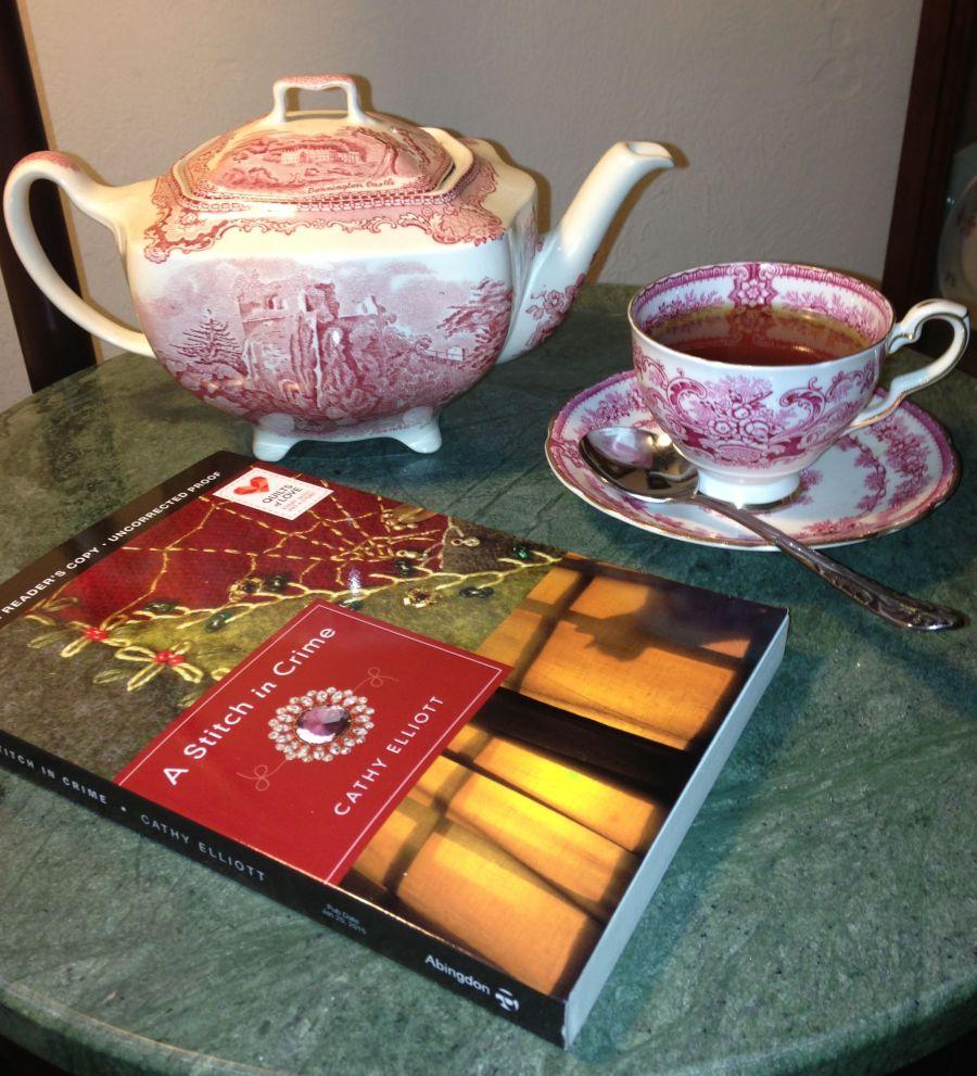 Tea & a Cozy Mystery