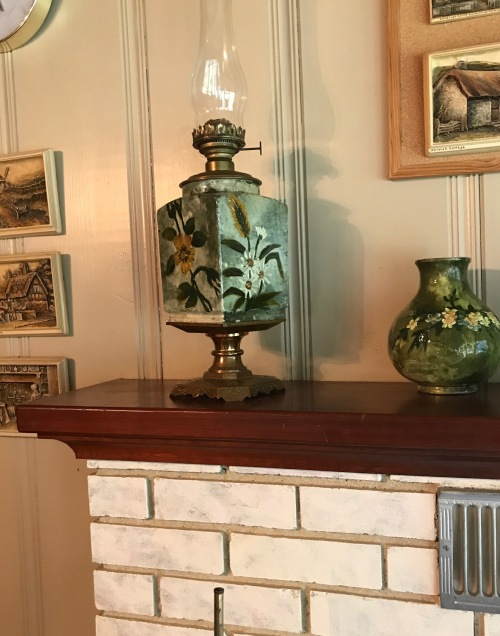 FSR.Wheatley Oil Lamp