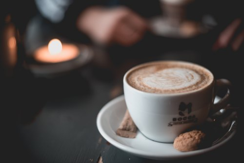 hjalte-gregersen-Coffee & Candle-unsplash