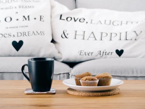 Pillows w:Writing